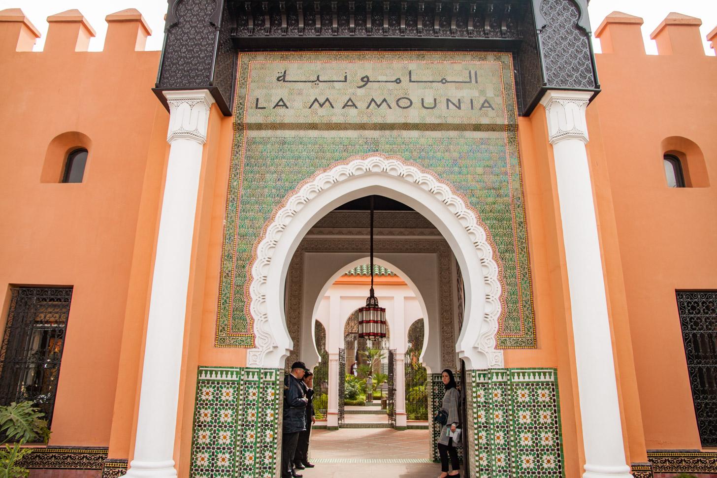De entree van het luxe hotel Hotel La Mamounia